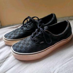 Vans Low Lace Up Black Checker Shoes Sz.4.5